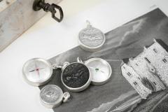 Material: Silber / Stahl / Eisen / Rubin / grüner Granat