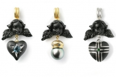 Material: Eisen / Silber / Gold / blaue Diamanten / Turmalin / grüner Granat / Tahitiperle.
